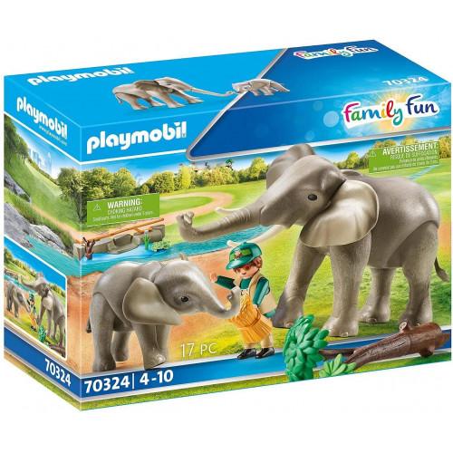 Zoo Guardiano dello zoo con elefanti